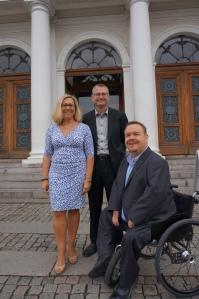 Jonas Ransgård (M), Helene Odenjung (FP), David Lega (KD)